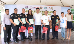 NAIA CUSTOMS OFFICERS RECOGNIZED