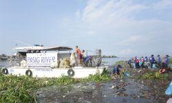 TRASH BOAT FOR MANILA BAY REHABILITATION